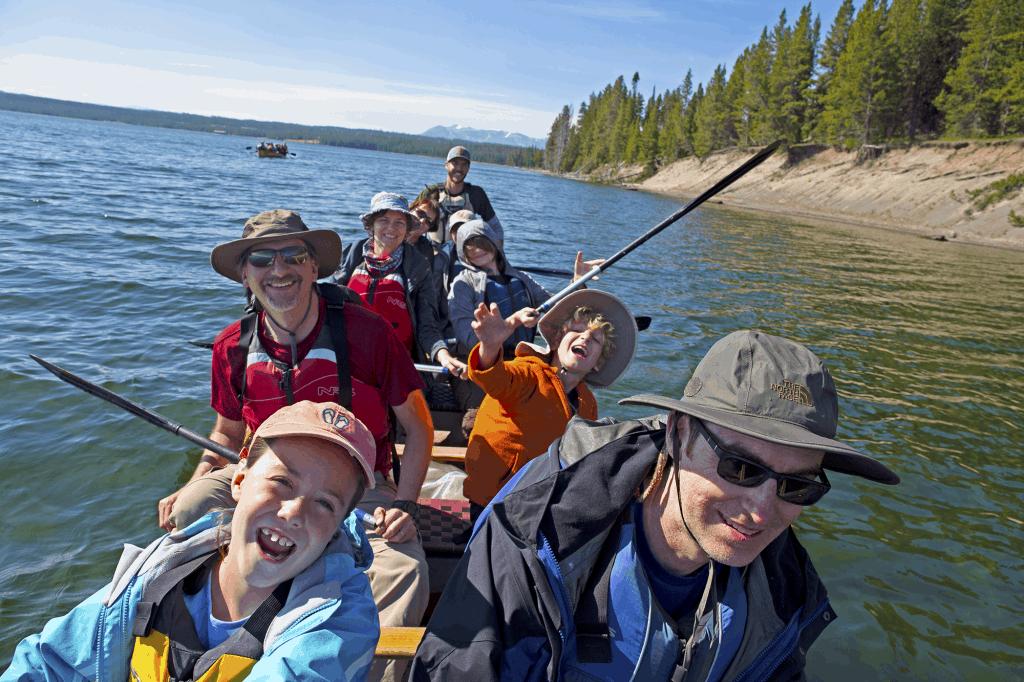 family_canoe