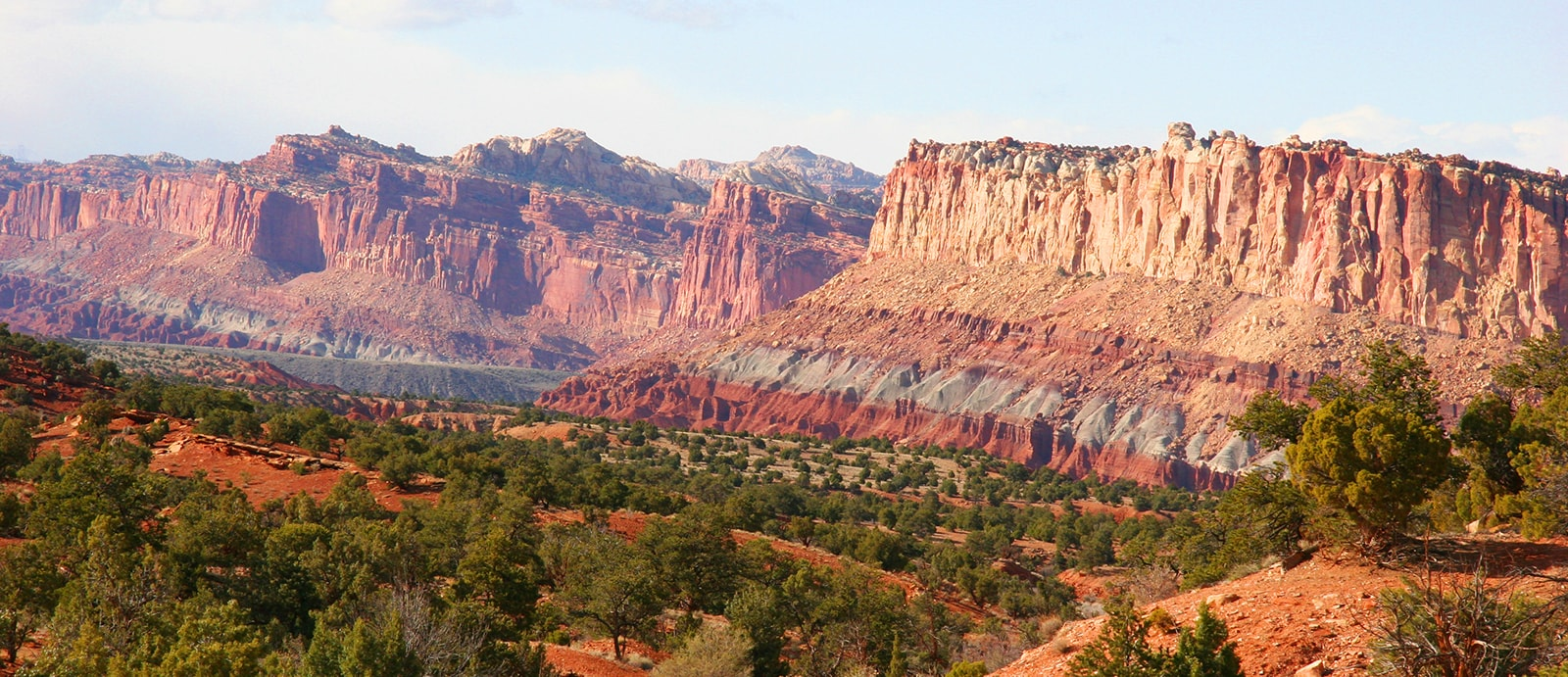 Hike Utah's Waterpocket fold, Bear's Ears, Escalante Grand Staircase and Capital Reef
