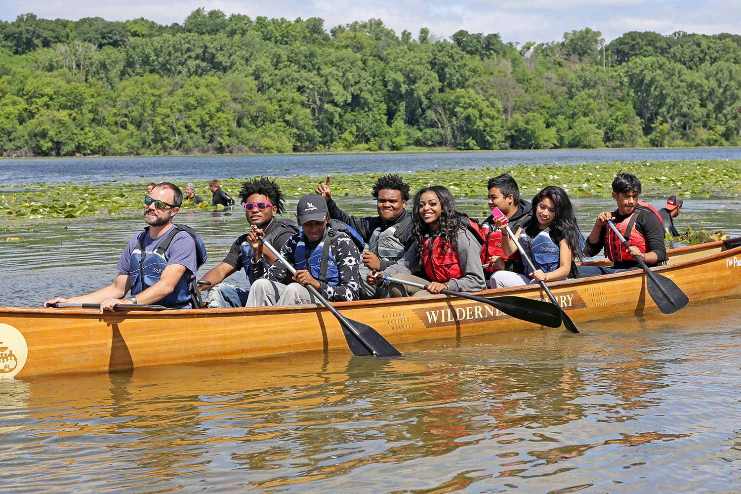 Students canoe during the Adventures in the City summer session.